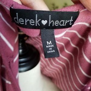 """Derek Heart Tops - """"💙SALE"""" Derek heart cold shoulder cut-out top M"""